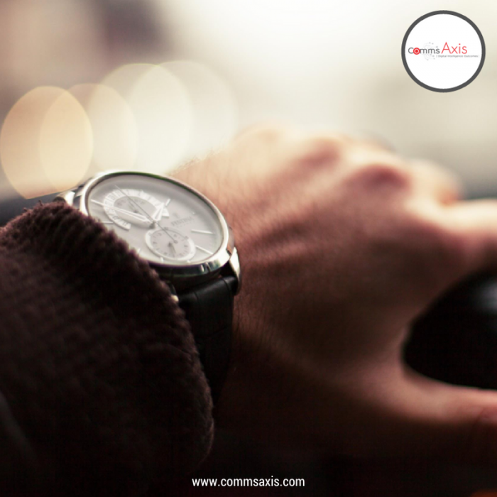 Picture of man wearing watch for SEO Time Management Hacks blog post about seven killer time management hacks from Comms Axis that keep top SEOs so productive – hopefully they'll help you keep on the right side of time in 2017!